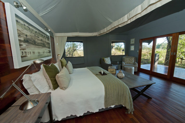 The guest suites'natural colours at Chitabe blend in with the environment