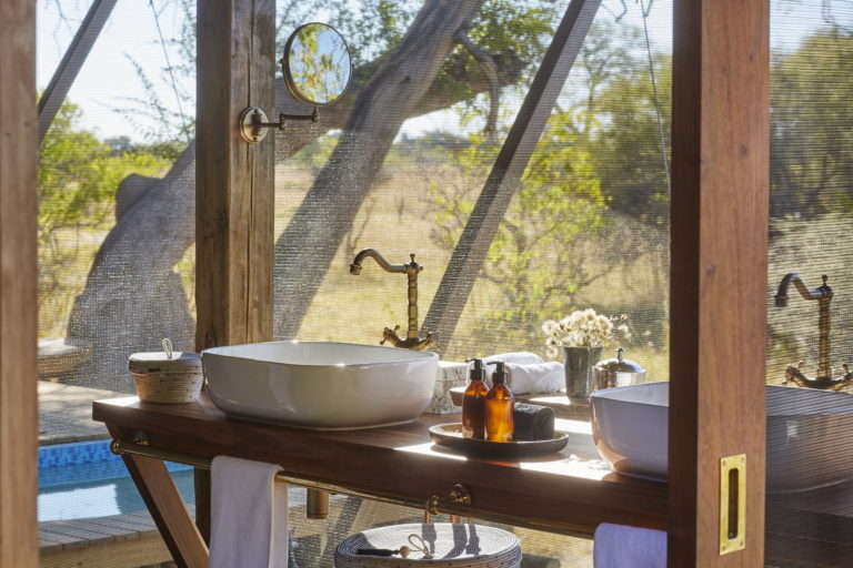Bathroom with a view at Tuludi Camp