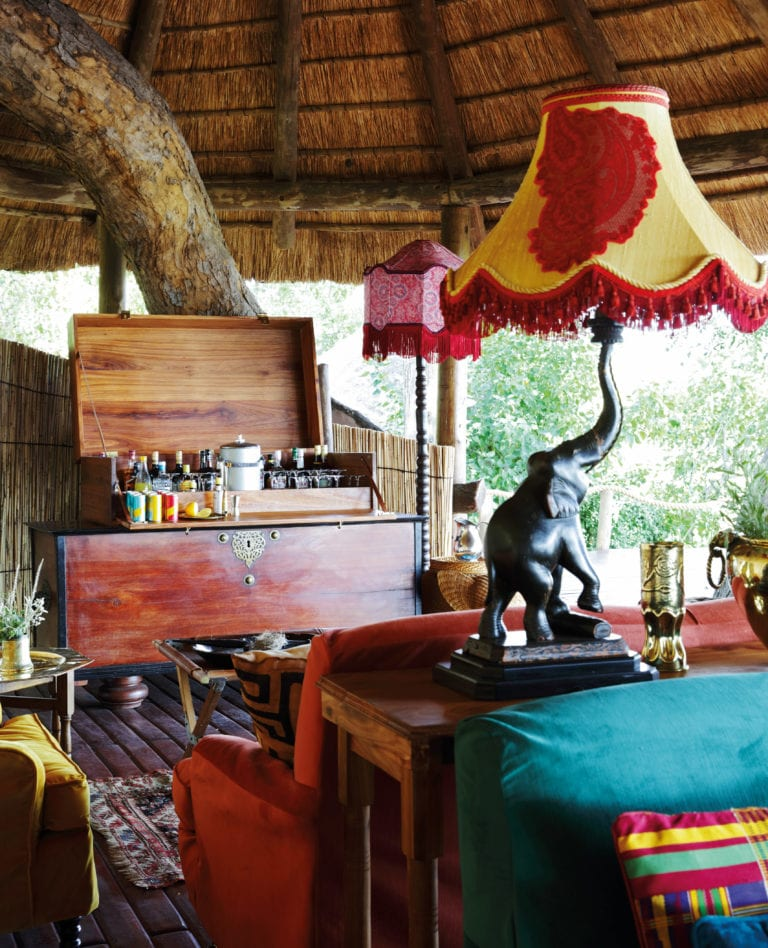 Classic drinks on safari served in Mapula's lounge area