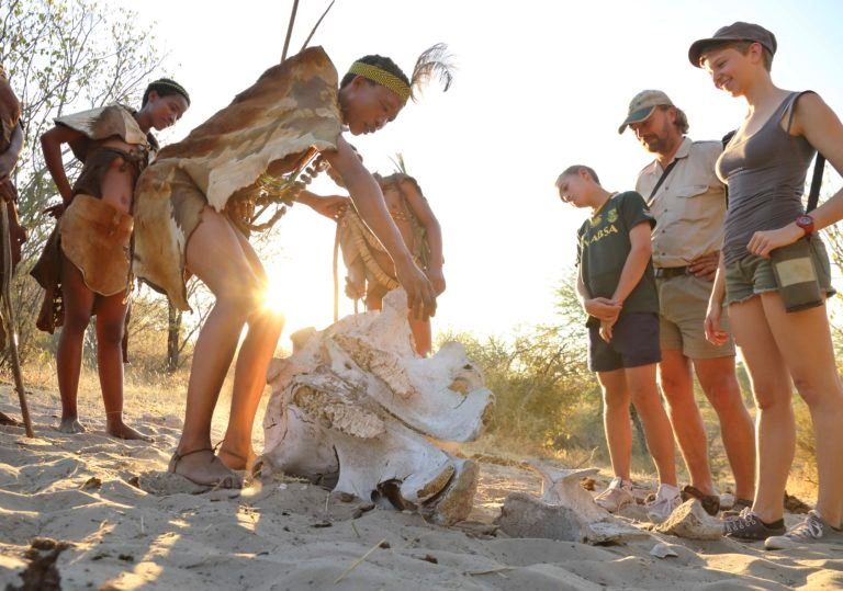 Bushman shares the intimate knowledge of the bushveld that is embraced by the San Bushmen at Meno a Kwena