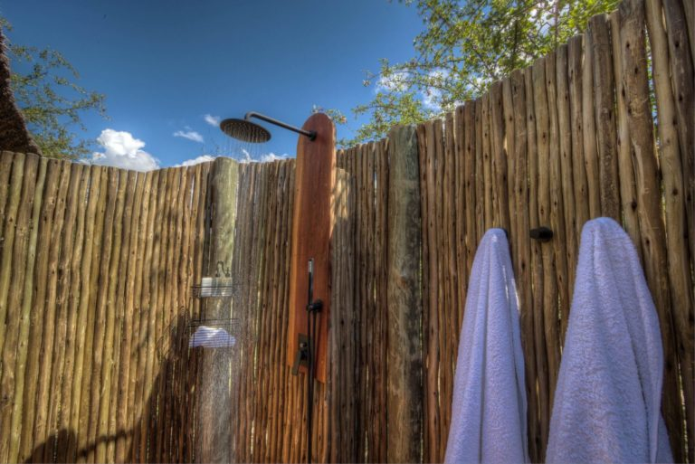Dinaka Camp spoils guests with refreshing outdoor showers