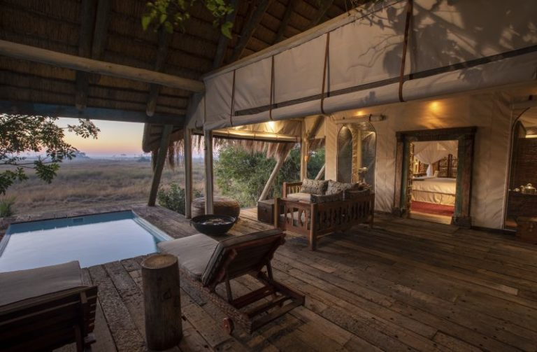 Private covered deck area and plunge pool luxury Selinda suite