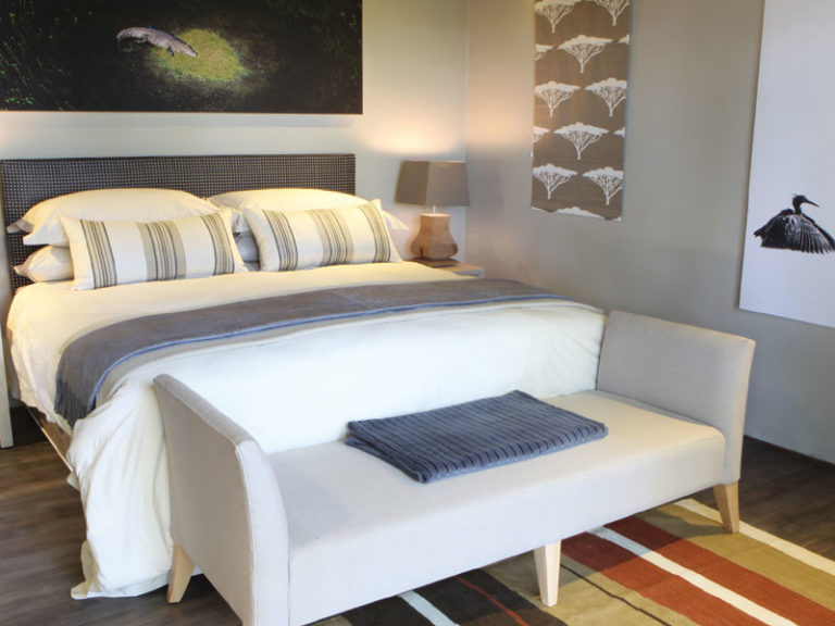 There are ten gorgeously appointed air conditioned suites at Shakaw