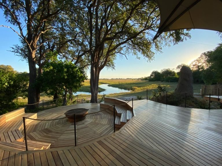 Khwai Leadwood wooden main deck and fire pit with river view