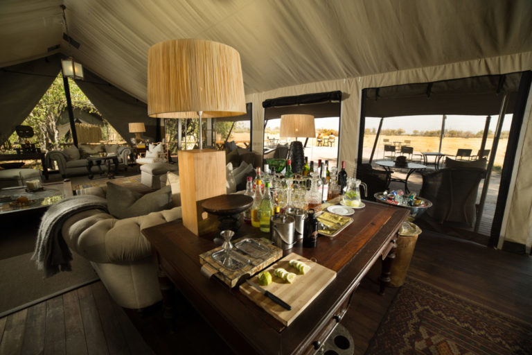 Refreshing drinks served in the lounge area at Machaba Camp