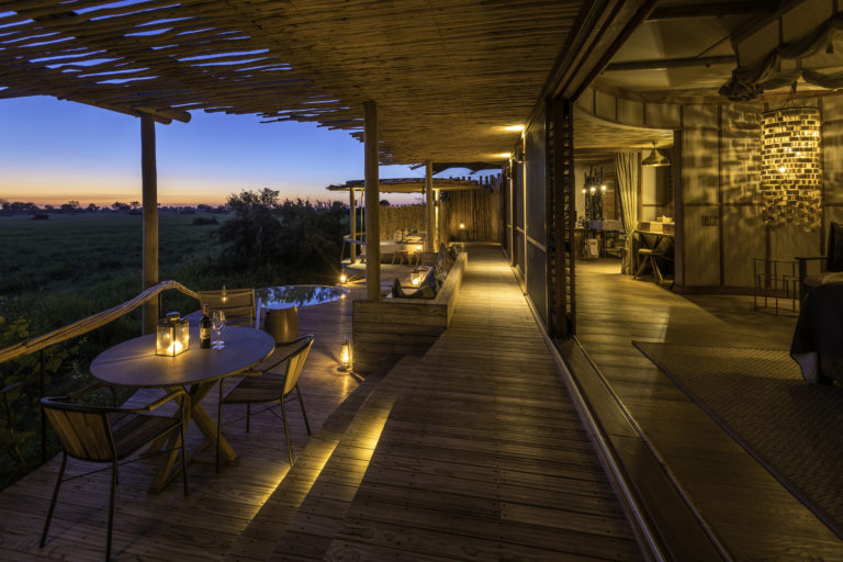 The extensive private viewing deck area of a guest suite at Mombo