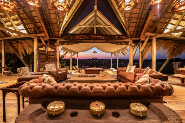 The opulent guest lounge area at Selinda Camp