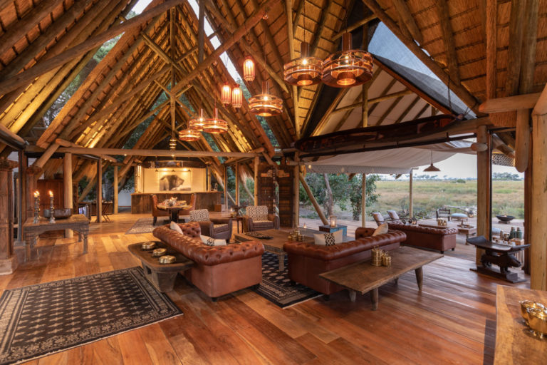 Lounge area at Selinda with high pitched thatched ceiling