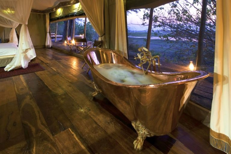 Copper baths tubs at Zarafa accentuate the elaborate atmosphere of the rooms