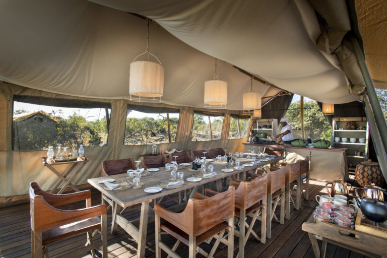 Linyanti Expeditions dining room