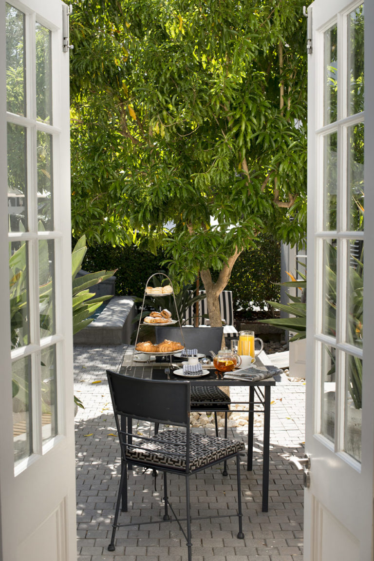 The breakfast patio at Cape Cadogan