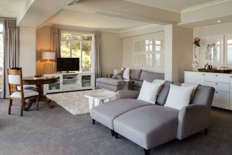 Self catering apartments at the Cape View Clifton