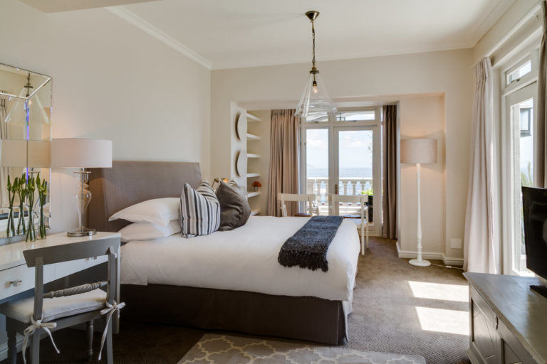 Cape View Clifton luxury room