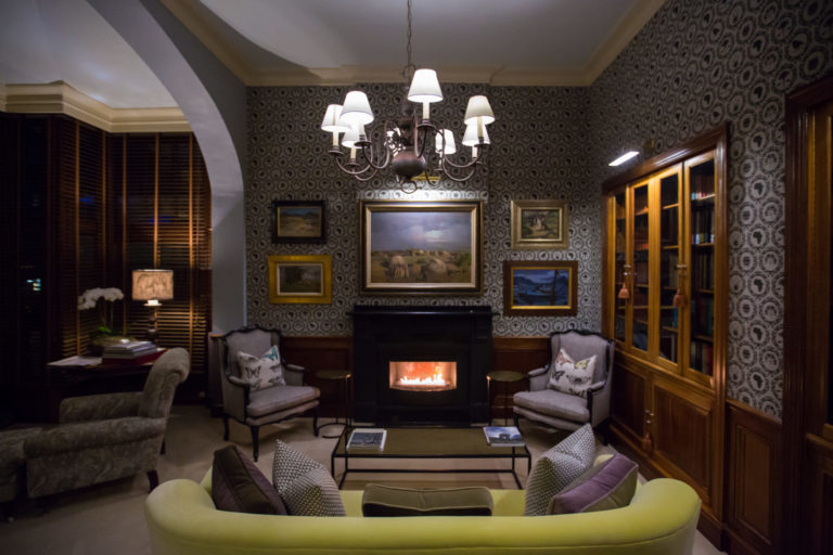 The cosy library at Ellerman House
