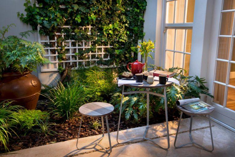 More Quarters luxury room tea garden