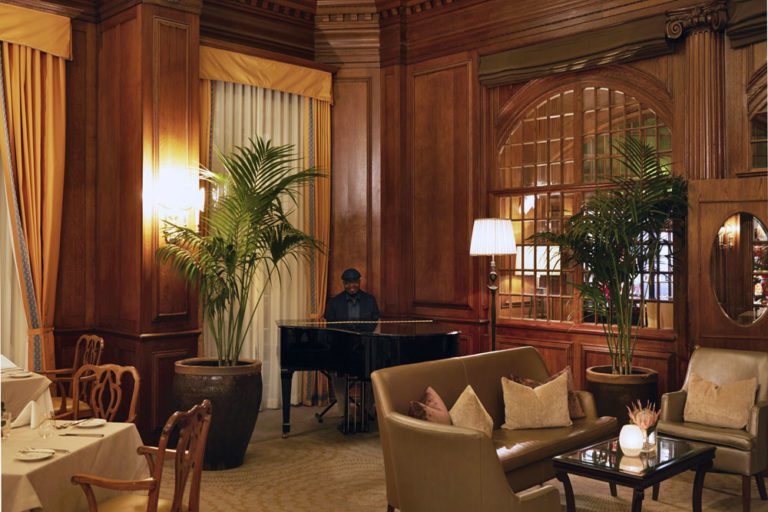 Piano ambiance at the Lord Nelson restaurant at Mount Nelson