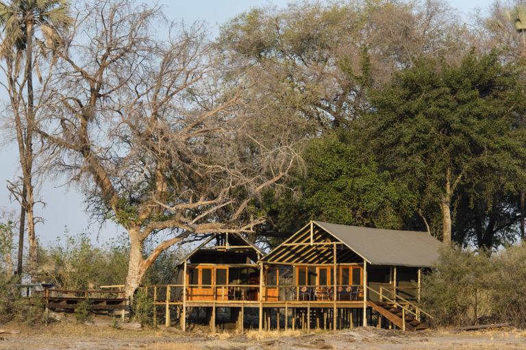 Okavango Horse Safari Mokolowane camp exterior