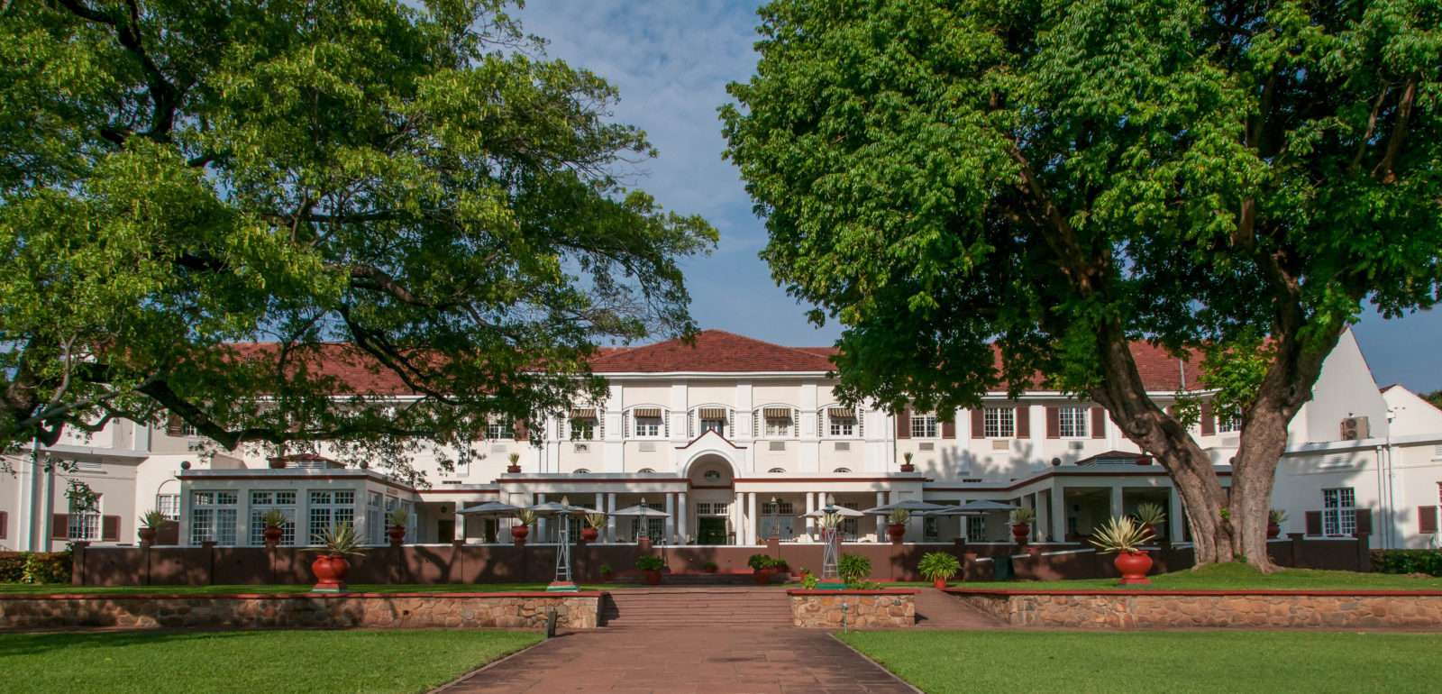Front facade of the classic five star Victoria Falls Hotel