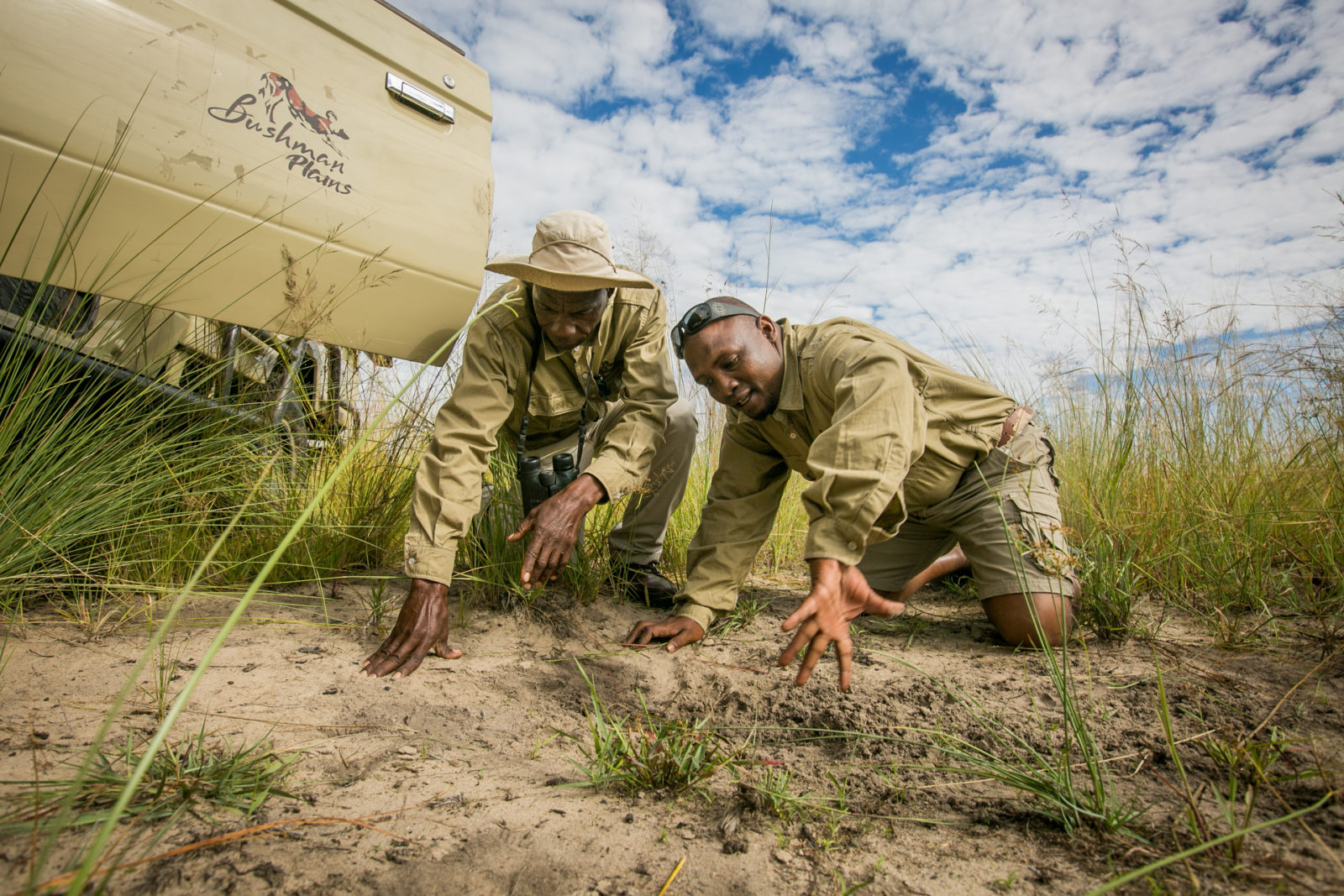 Tracking spoor at Bushman Plains Camp