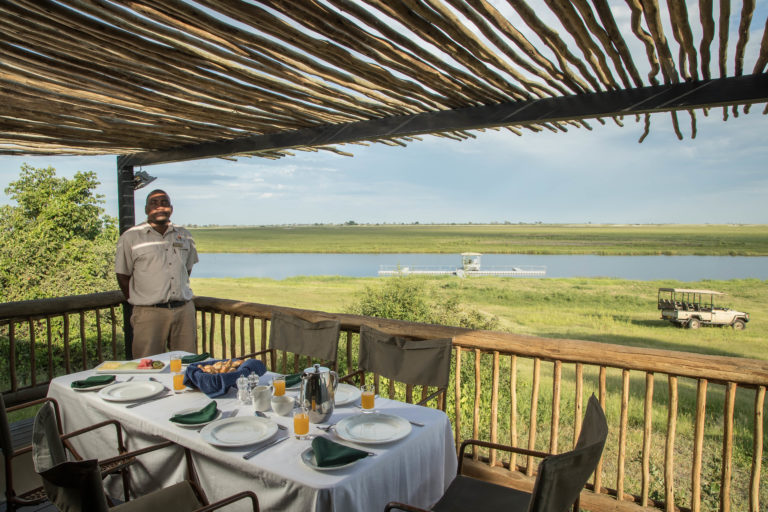 Breakfasts on the jetty can be arranged by Muchenje lodge
