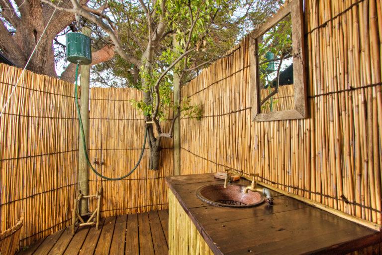 Oddballs Enclave alfresco bathroom