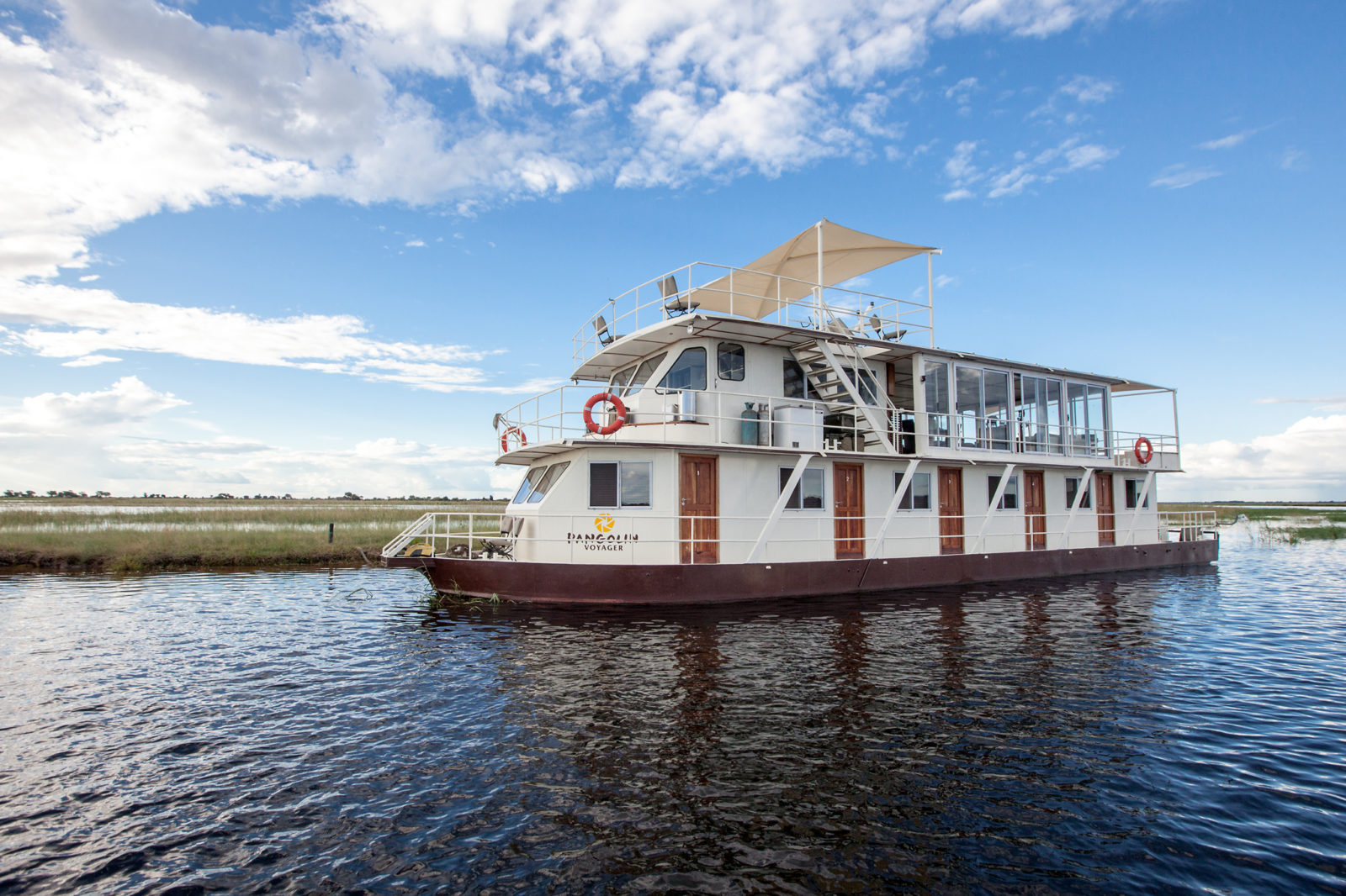 Pangolin Voyager houseboat on the Chobe river