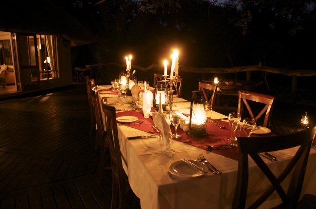 Royal Tree Lodge bush dining