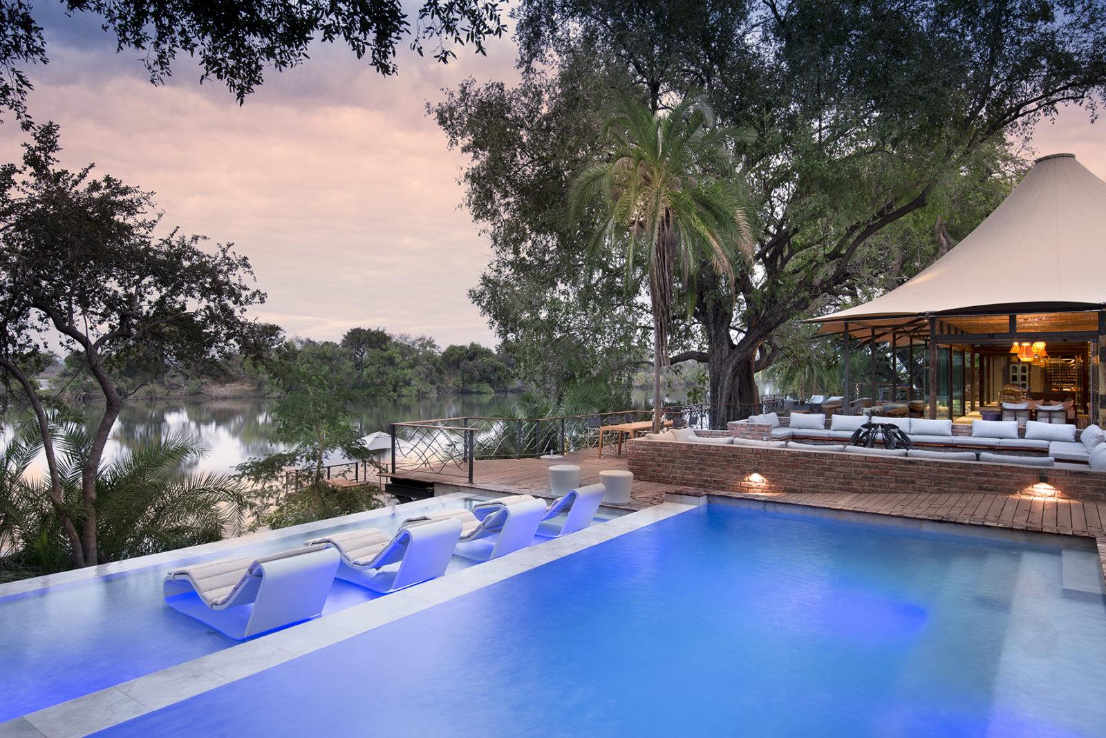Swimming pool views at Thorntree Lodge